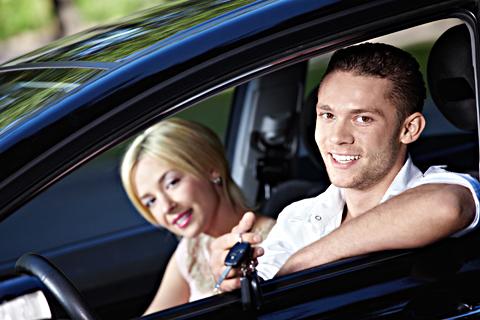 Gör en Dinitrol Rostskyddsbehandling - Skydda din bil och spara tiotusentals kronor!